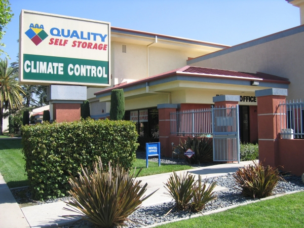 AAA Quality Self Storage - Covina - Photo 2
