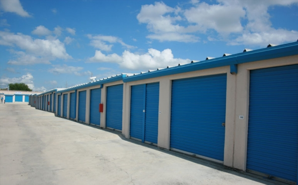 Storage 4U East - Photo 4