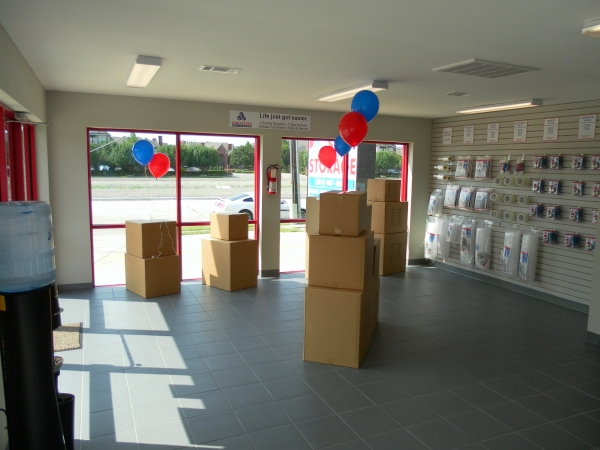 Devon Self Storage - Pasadena - Photo 5