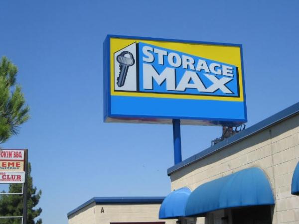StorageMax - Fresno - Photo 2