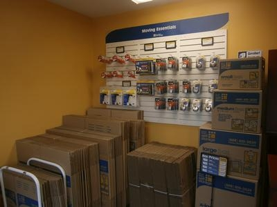 Uncle Bob's Self Storage - Elizabeth - Photo 4
