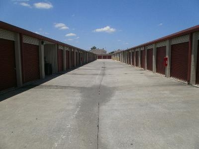 Uncle Bob's Self Storage - Houston - W Little York - Photo 3