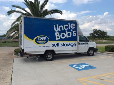 Uncle Bob's Self Storage - Friendswood - Photo 4