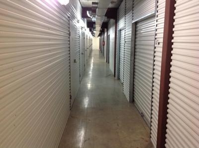 Uncle Bob's Self Storage - Houston - Silverado Dr - Photo 7
