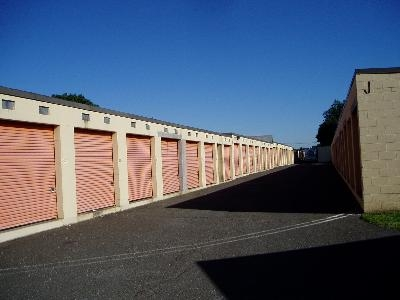 Uncle Bob's Self Storage - Piscataway - Photo 2