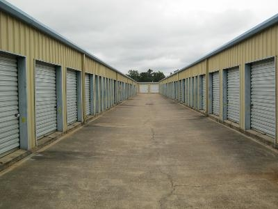 Uncle Bob's Self Storage - Layfair Dr - Photo 3