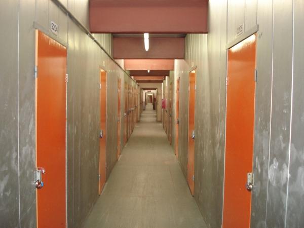 Paramount Self Storage - Photo 4