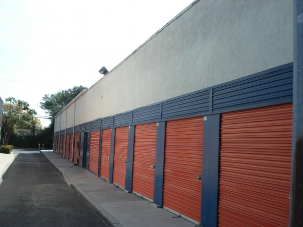 Anaheim Mini Storage - Photo 3