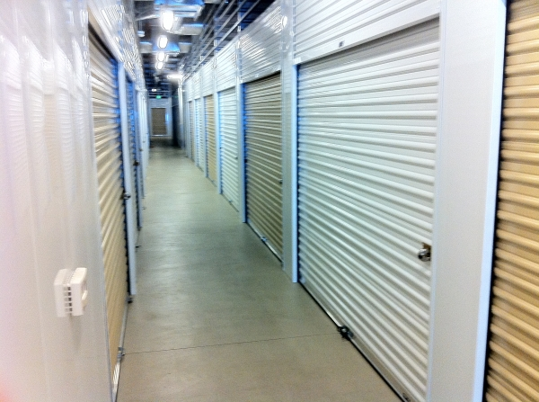 Clovis Storage & Executive Office Suites - Photo 7