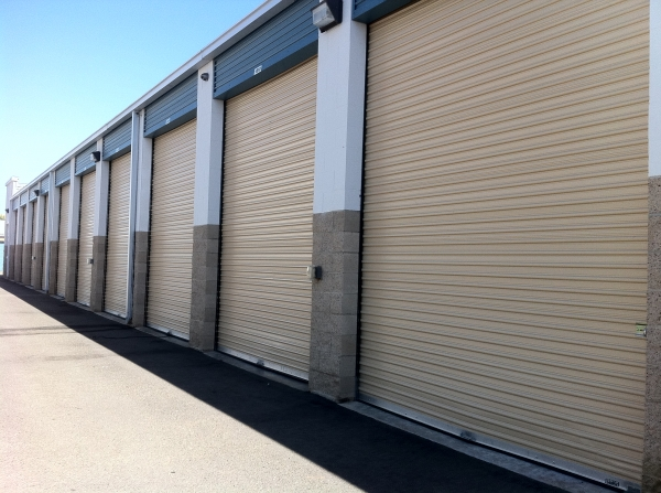 Clovis Storage & Executive Office Suites - Photo 9