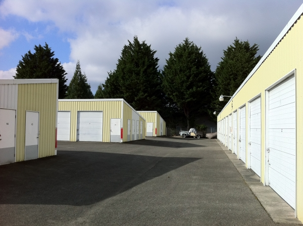 Stor-Eze Self Storage Lakewood - Photo 3