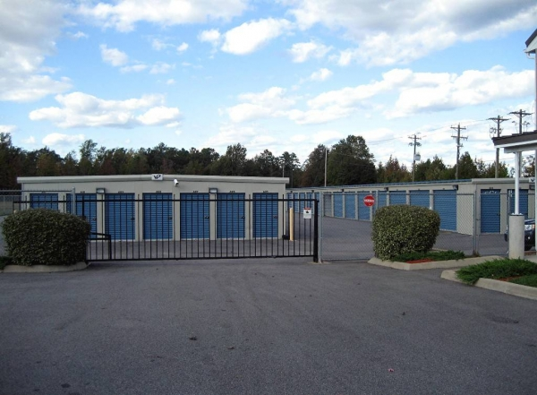 American Eagle Self Storage - Photo 2