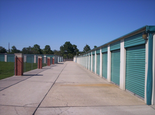 Sure Save Self Storage - Copperfield - Photo 3