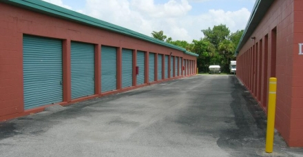 A Storage Inn - Ft. Myers - Photo 2