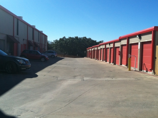San Antonio Self Storage - Photo 4