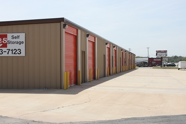 Sitzes Self Storage - Photo 5