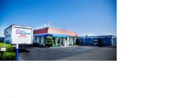 Central Self Storage - San Jose - Photo 4