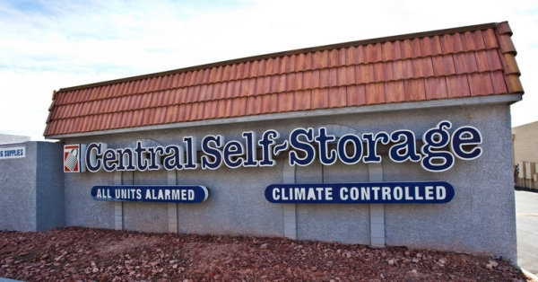Central Self Storage - Sahara - Photo 1