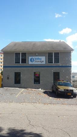 Valley Storage - Valley Mall - Photo 1