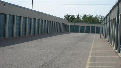 Williams Super Storage - Photo 3