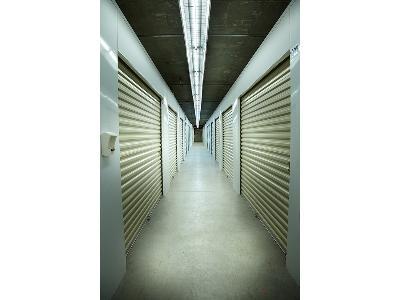 Uncle Bob's Self Storage - Miami - SW 81st Ter - Photo 3