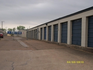 Watson & Taylor Self Storage - Bryan - Photo 4
