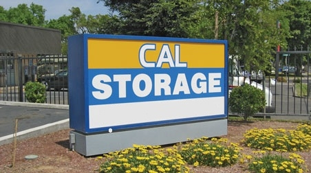 Cal Storage - Photo 4
