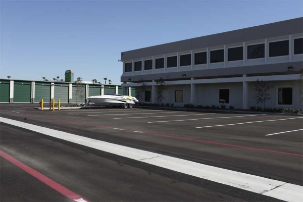I-5 Self Storage - Photo 5