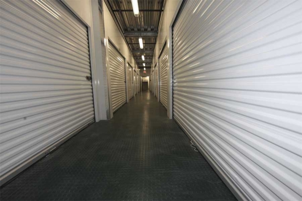 I-5 Self Storage - Photo 8