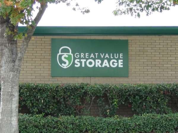 Great Value Storage - Harwin Rd. - Photo 2