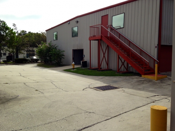 United Self Mini Storage - Clearwater - Photo 8