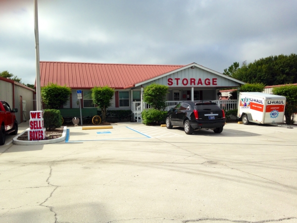 United Self Mini Storage - Clearwater - Photo 10