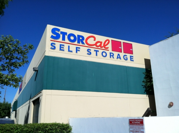 StorCal Self Storage - Woodland Hills #2 - Photo 5