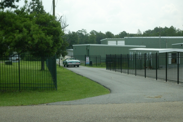 Community Self Storage Oak Grove - Photo 2