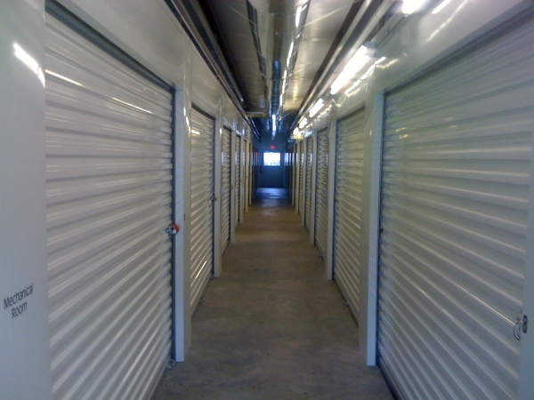 Community Self Storage McInnis Loop - Photo 3
