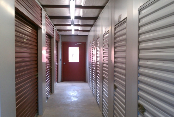 Golden Eagle Self Storage - Photo 4