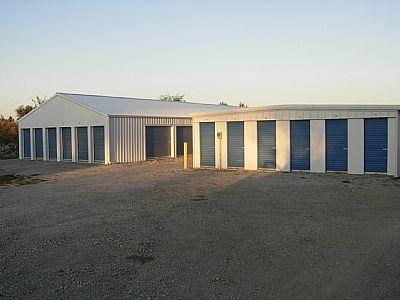 Village Storage - Photo 2