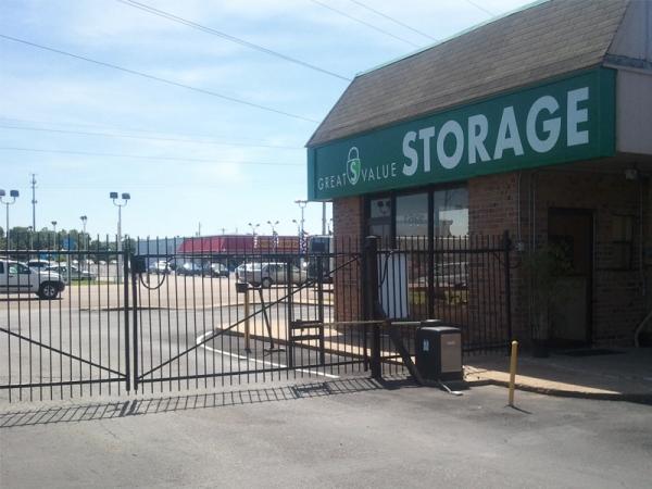 Great Value Storage - Memphis - Photo 4