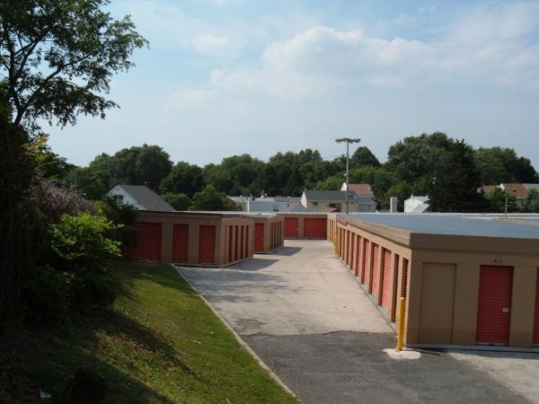 Mr. Storage - Roxborough - Photo 2