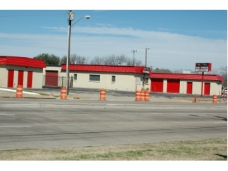 SecurCare Self Storage - Arlington - Cooper St. - Photo 4