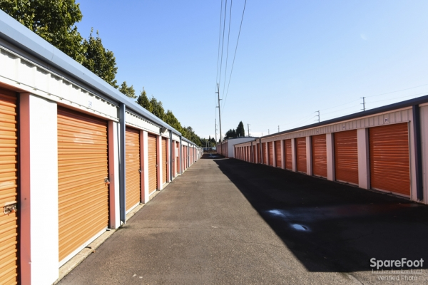 Burton Road West Additional Self Storage - Photo 9