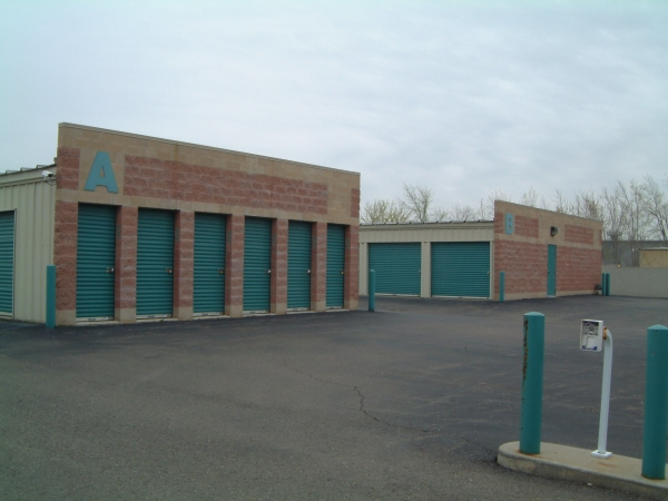 Aardvark Self Storage - Photo 5
