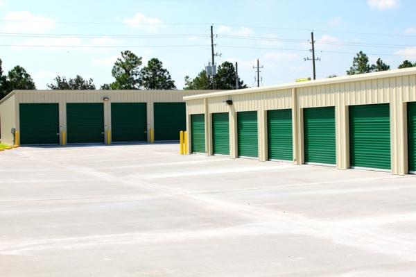 Neighborhood Storage - Photo 5