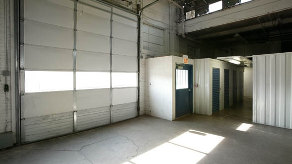 Metro Self Storage - Chicago/ East 87th St - Photo 9
