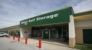 Metro Self Storage - Chicago/ West 79th St - Photo 1