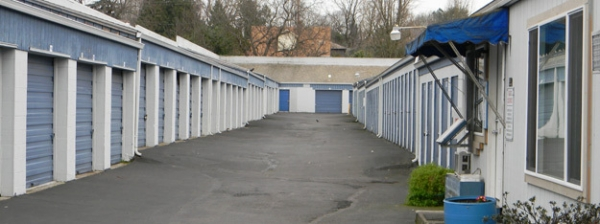 Portland Self Storage - 26th - Photo 1