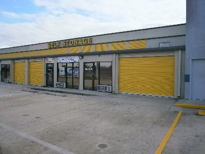 Uncle Bob's Self Storage - Houston - E Richey Rd - Photo 6
