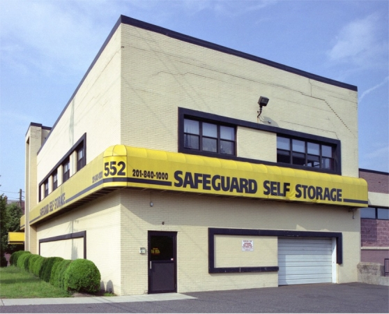 Safeguard Self Storage - Ridgefield - Grand Ave - Photo 3