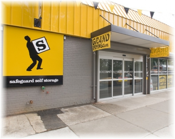 Safeguard Self Storage - Astoria - Astoria Blvd - Photo 1