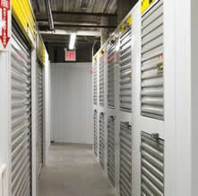 Safeguard Self Storage - Richmond Hill - Jamaica Ave - Photo 8
